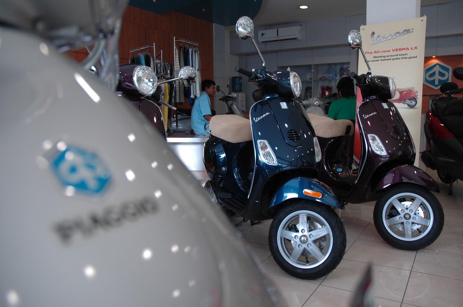 piaggio vespa motor scooter   dealer resmi   sales service