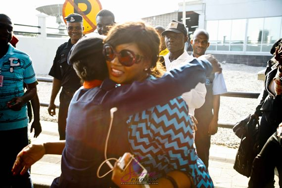 Omotola causes stir at Murtala Muhammed Airport (See Photos)