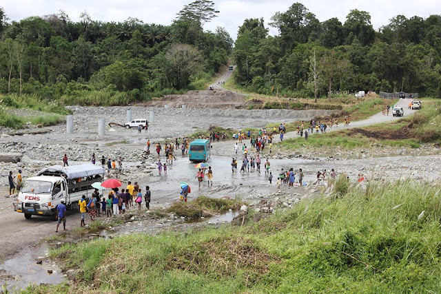 Australian Government restores bridges in Oro Province, PNG