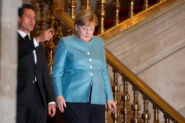 """""""No bajen los brazos"""", les pide Angela Merkel a los jóvenes mexicanos"""