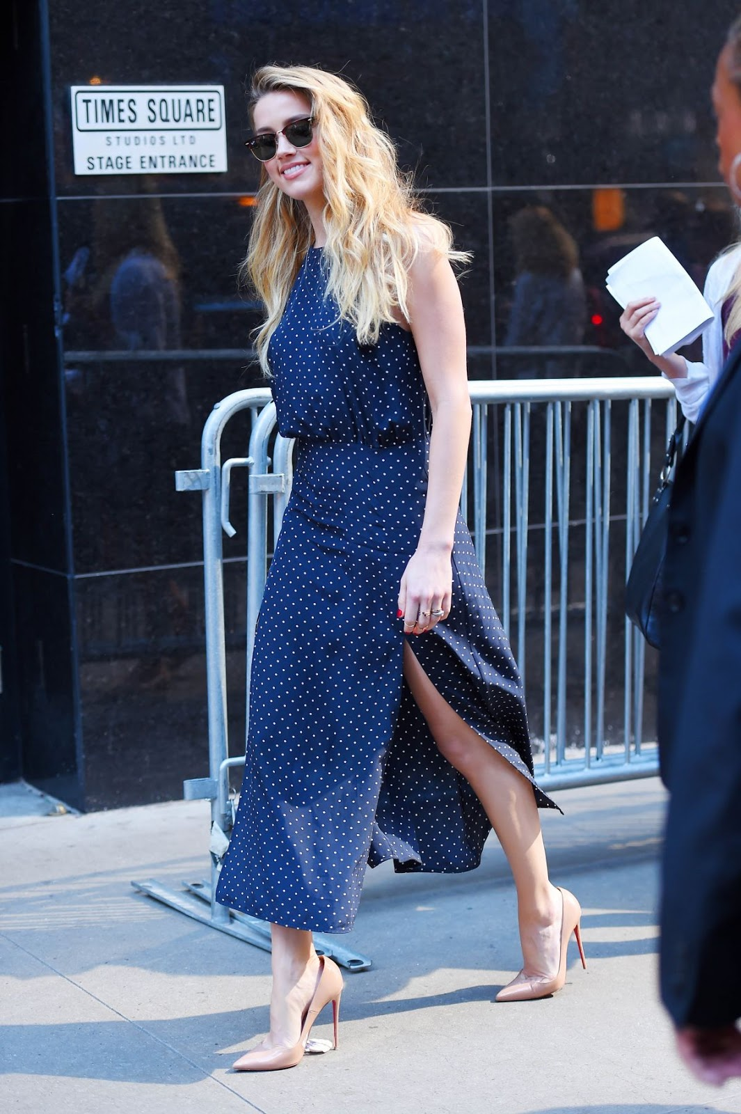 Amazing HQ Photos of Amber Heard Arrives At Good Morning America In New York