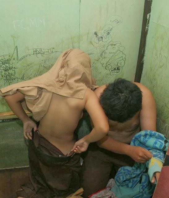 image Indonesia sedang asyik ml sama pacar