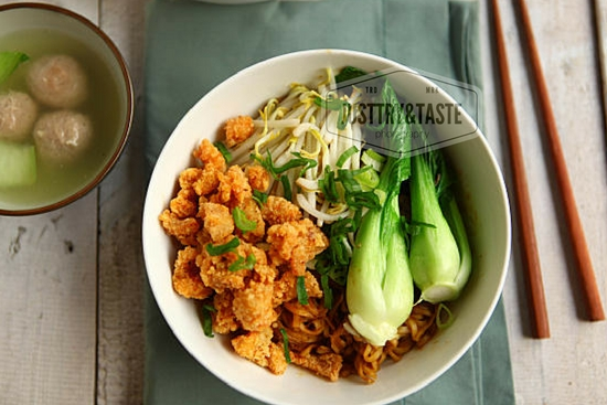 Resep Mie Yamin dengan Ayam Crispy