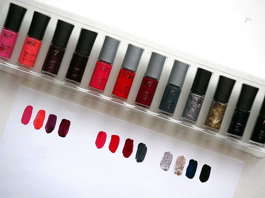 No7 Glitz and Glamour Nail Varnishes And Swatches | hannatalks