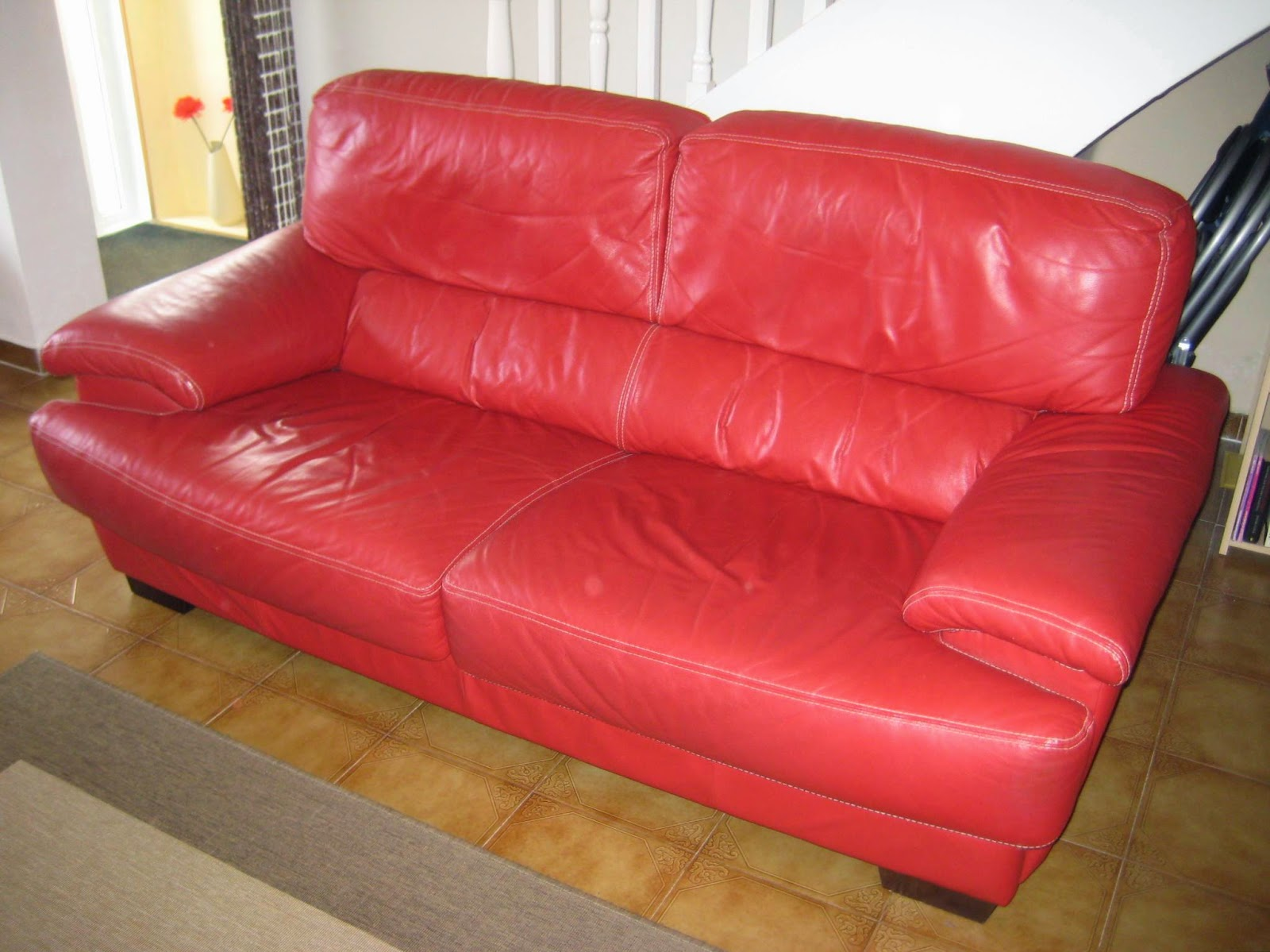 Digame For Sale Granfort Red Leather Sofa