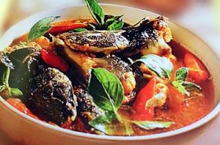 Resep pecel lele atau kuliner ikan lele yang digoreng sudah terlalu sering dicoba RESEP LELE ASAM PEDAS