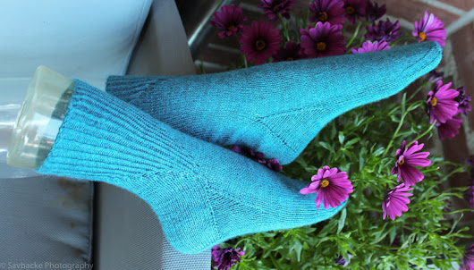 Birkenwasser knits: Quiet Folly socks