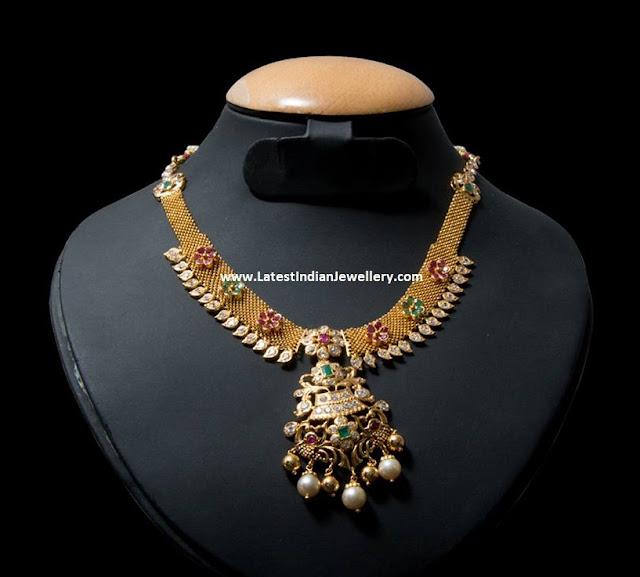 Simple Mesh Necklace Design
