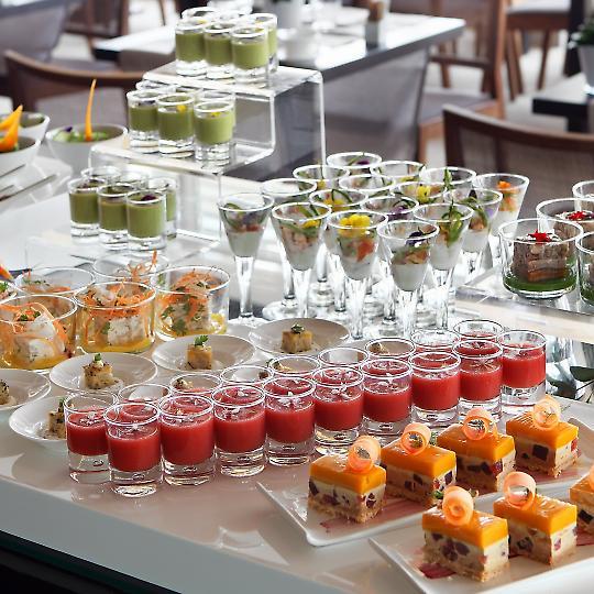 Club del sommelier a medio camino entre un desayuno for Ensaladas francesas famosas