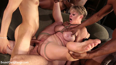 [BoundGangBangs] Dee Williams (While Santas Away, Mrs Claus Will Play)