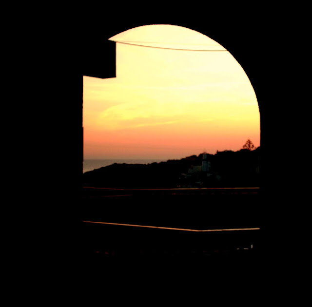 #BEDN : There Are Two Types Of Photos I Always Take On Holiday... - sunset in Albuferia, Portugal