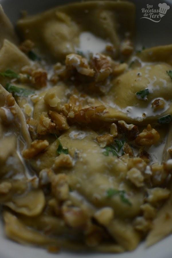 Raviolis con queso azul nueces y manzana tererecetas 04