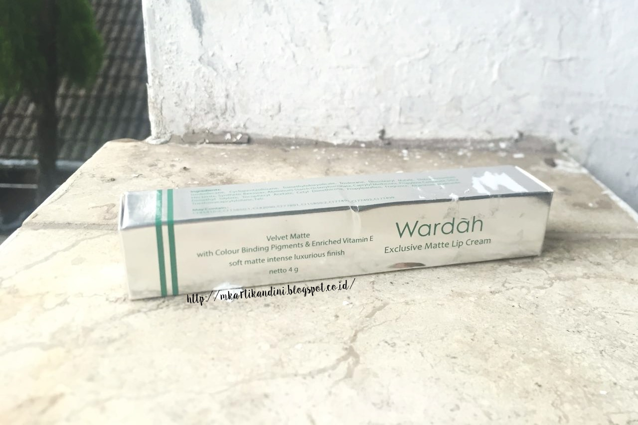 Beautyreview Wardah Exclusive Lip Cream Freebies The Rainbow Matte 4 G Datang Dalam Box Dimana Dari Informasinya Cukup Lengkap Ya Ada Ingredients Expiry Date Dan Shade
