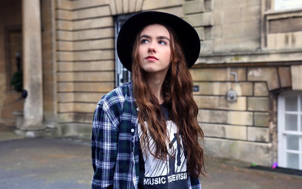 hat, eyebrows, amelia, mandeville, happy, pose, blogger, fashion blog, fashion blogger, indie, fashion, grunge, pop rock, ottd, outfit of the day, british blogger, fashion blogger, makeup, beauty  indie, hipstier, grunge, pixie, dark,
