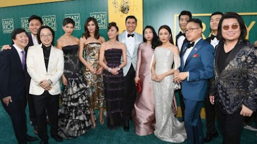 TGIF Feature: SAG nominations cite Crazy Rich Asians cast, Darren Criss, Sandra Oh The cast of 'Crazy...