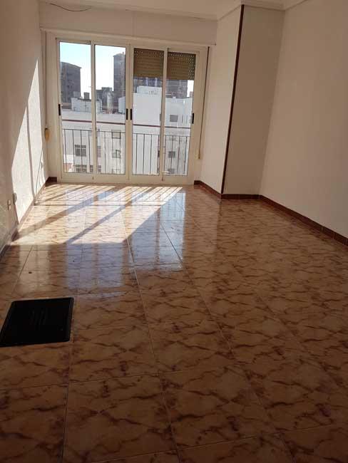piso en venta calle castelldefels castellon salon1