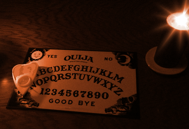 """alt=""""Noche de terror en Hellstown, d d puche"""""""