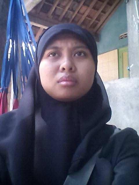 Sharavina Seorang Gadis, Beragama Islam, Suku Jawa, Di Jogja, Provinsi DIY (Daerah Istimewa Yogyakarta) Mencari Jodoh Pasangan Pria Untuk Jadi Calon Suami