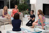 Scarlett Johansson, Kate McKinnon, Zoe Kravitz, Jillian Bell, Ilana Glazer and Lucia Aniello on the set of Rough Night (16)