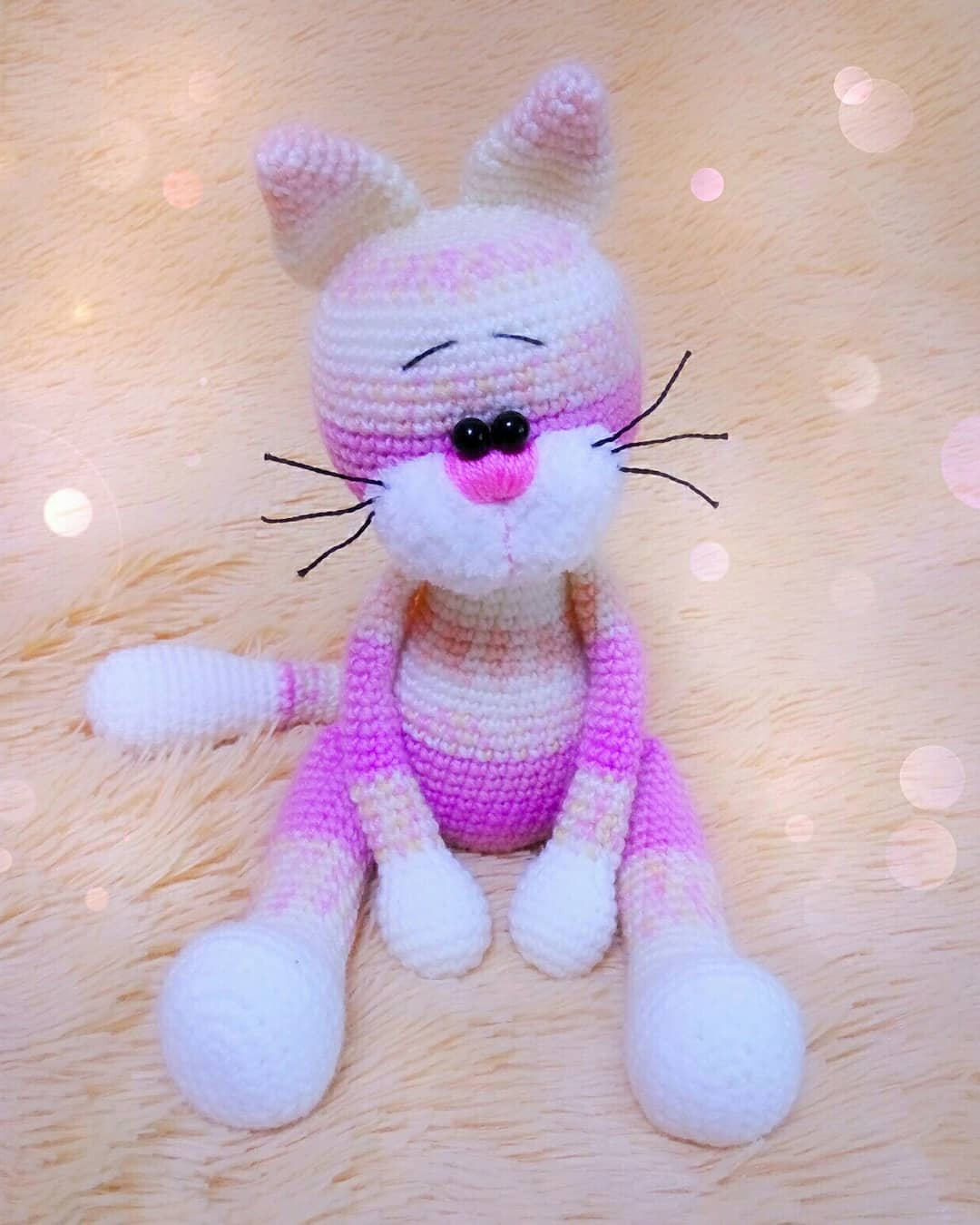 Crochet toy cat amigurumi