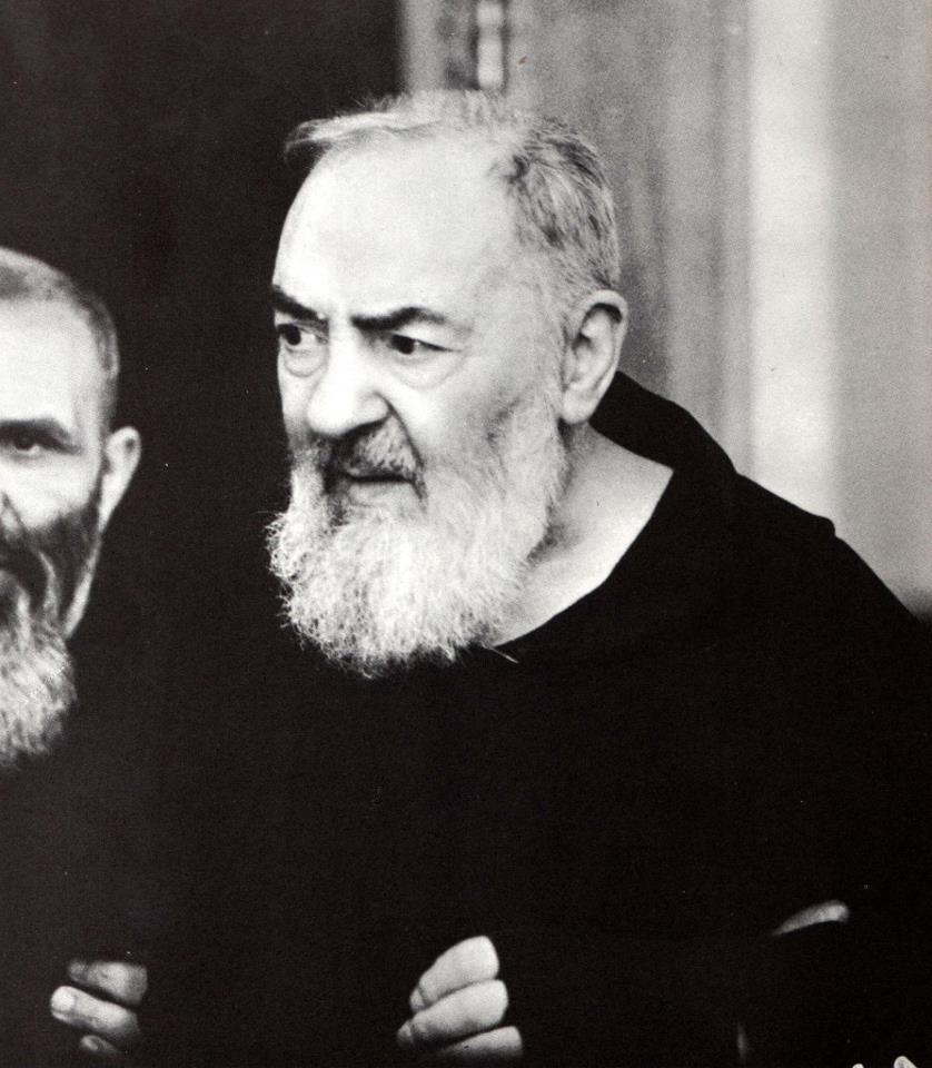 Mistica E Misteri Il Primo Miracolo Dopo La Morte Di Padre Pio