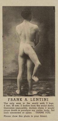 gambar orang aneh laki laki dengan kaki 3