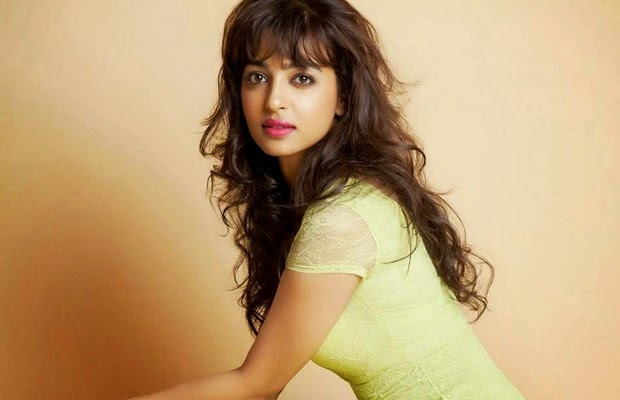 Radhika Apte Complete biography, Age, Tv Movies, Wallpapers, wiki profile