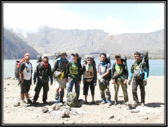 FUN HIKING GO GREEN MT.RINJANI WITH CONSINA TAHUN 2012