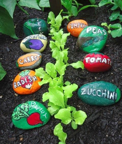 http://gardentherapy.ca/stone-garden-markers/