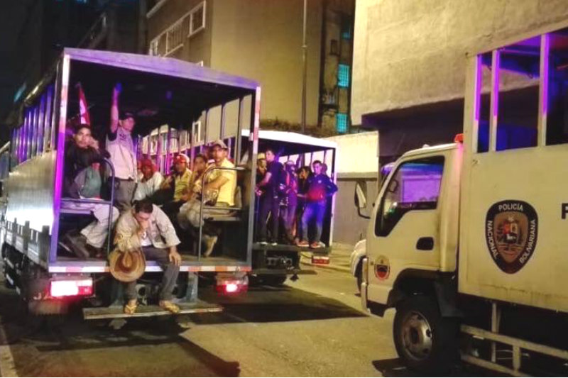 Campesinos se las cantaron de frente a Maduro