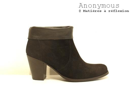 SOLDES boots daim noir revers cuir Anonymous