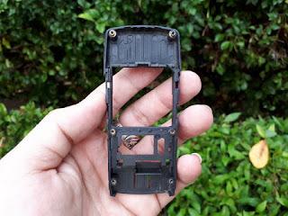 Tulang Tengah Nokia 8310 Jadul Seken Original Copotan