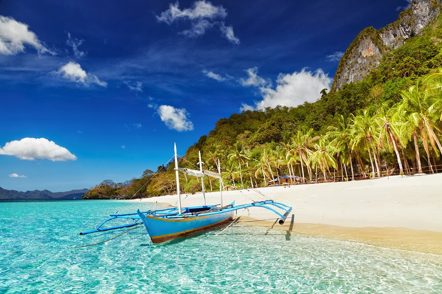Tropical Beach in El Nido, Palawan