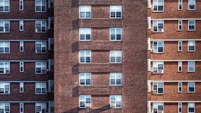 carmena, podemos, pisos, dueños, propiedad