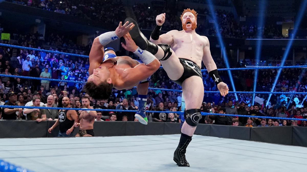 Sheamus manda recado para Shorty G durante o SmackDown