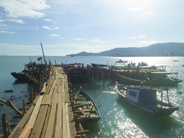 Pulau lemukutan. Tempat wisata di kalimantan barat