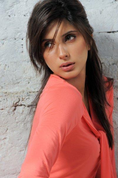 Uzma Khan Pakistani Model Photo Shoot-9451