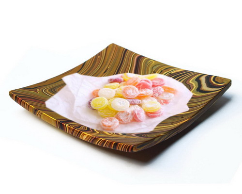 Tinuku.com Palem Craft Jogja presenting terracotta plate multi-color rainbow decoupage and has mysterious point