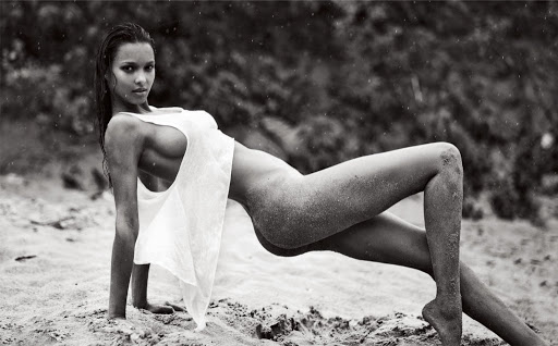 Hot model Lais Ribeiro naked photo shoot for Lui magazine