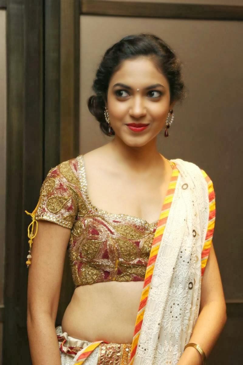 Ritu Varma, Latest Hot Actress Photos - Hot Photos In Saree-8568