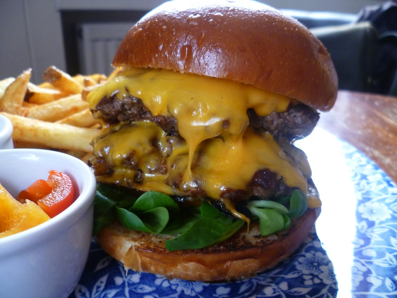 Burger Me! A London Burger Blog: [Competition] Burger Craft opens in Euston at The Exmouth Arms