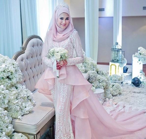 64 Model Gaun Pengantin Muslimah Terbaru 2019 Terbaru9 Info