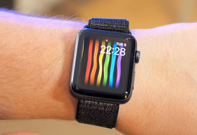 apple, Apple blocks its gay pride watch face in Russia, Apple Watch face, Mobile Tech, tech news, watch face in Russia, latest technology,