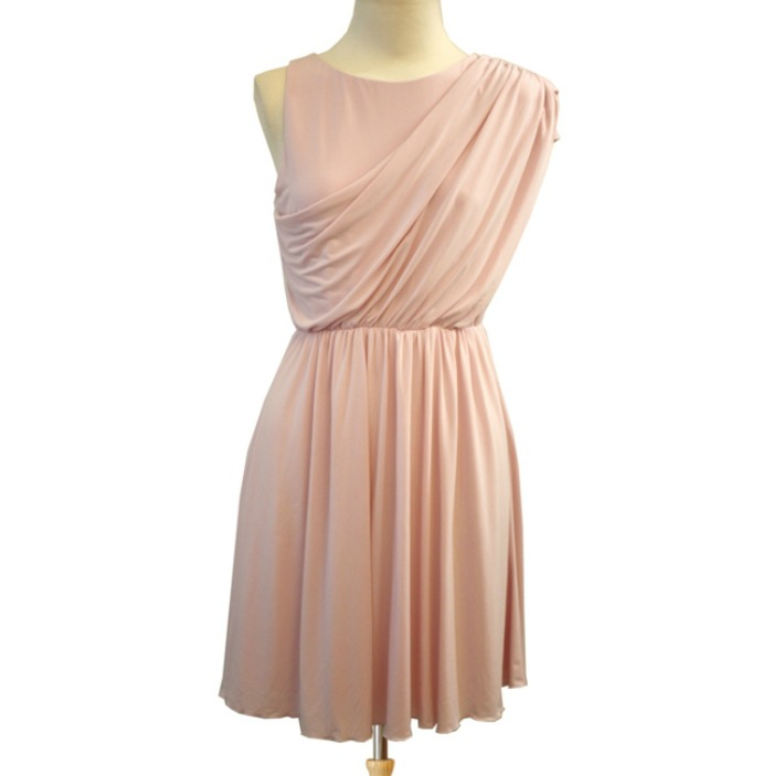 Cómo Combinar Mi Vestido Rosa Para Una Boda