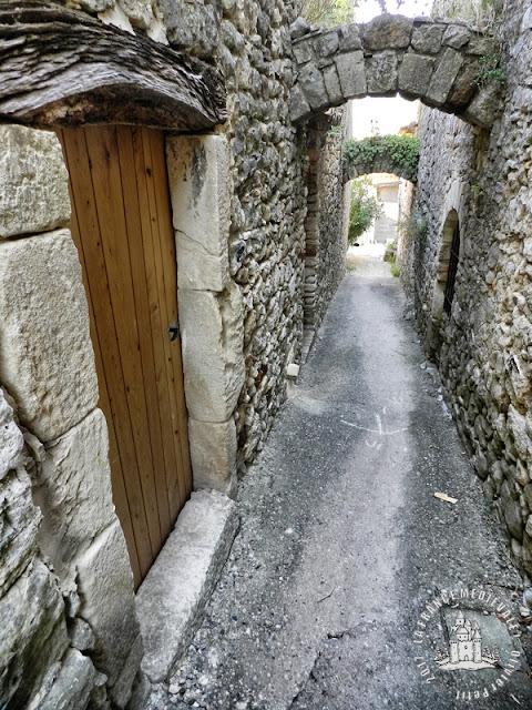 CORNILLON (30) - Village médiéval
