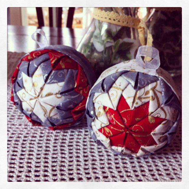 El Taller De Naidu Bolas De Navidad De Patchwork - Como-hacer-bolas-de-navidad