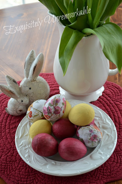 How To Decoupage Easter Eggs With Napkins