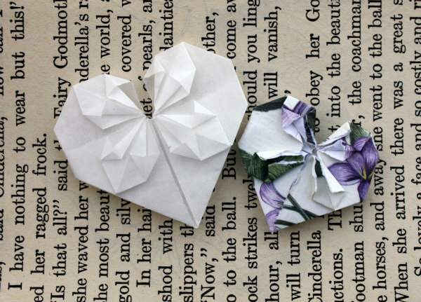 two origami hearts