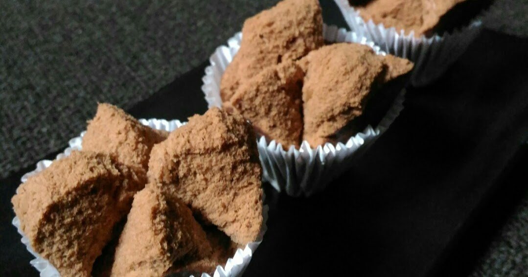 Resep Bolu Jadul Ny Liem: Jun's Kitchen: Resep Bolu Kukus Coklat Mekar Ny. Liem