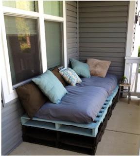 cómo hacer un sofá cama con pallets